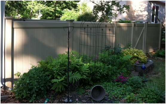 Dogwood_Vinyl_Privacy_Fence