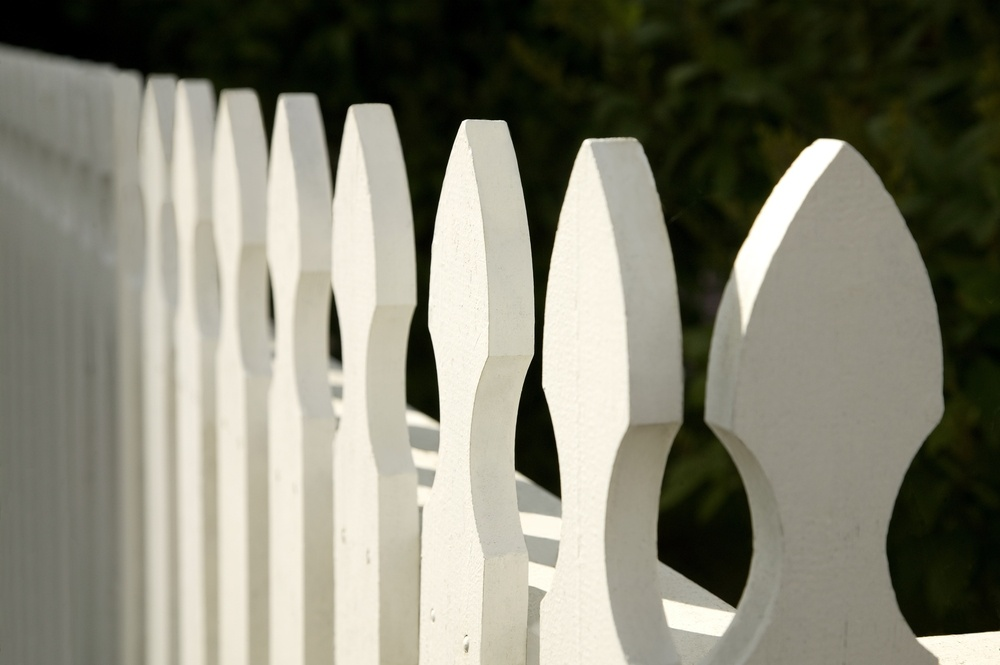 There are many creative ways to use fencing in your yard.